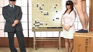 テレビで将棋や囲碁の解説をやっている女性ってオッパイ大きくて絶対にオカズされているハズだ。